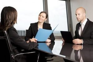 qualidades-defeitos-entrevista-emprego